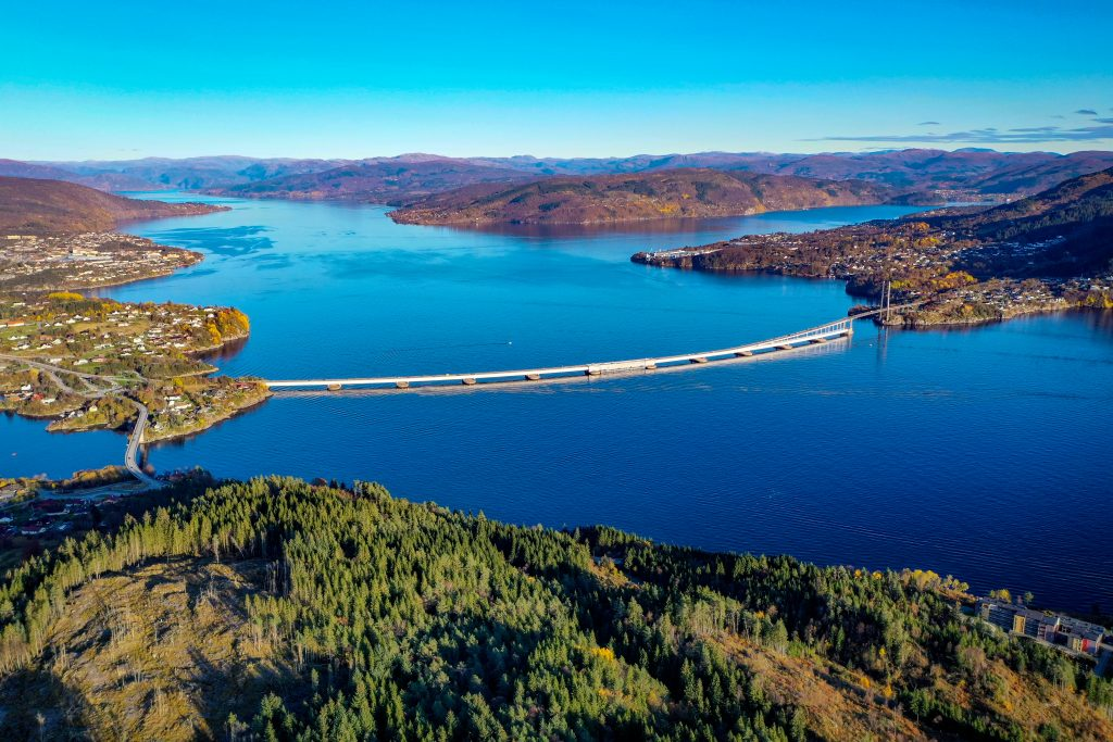 Nordhordland Bridge, Knarvik